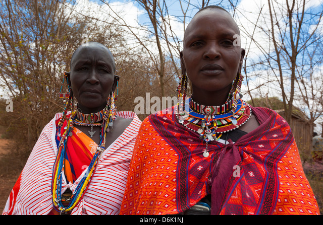 Maasai women at the Predator Compensation Fund Pay Day, Mbirikani Group Ranch, Amboseli-Tsavo eco-system, Kenya, - Stock Image