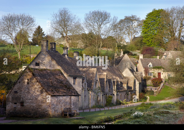 Cottages Stock Photos Cottages Stock Images Alamy