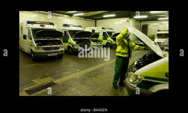 ambulance garage stock photos ambulance garage stock images alamy. Black Bedroom Furniture Sets. Home Design Ideas