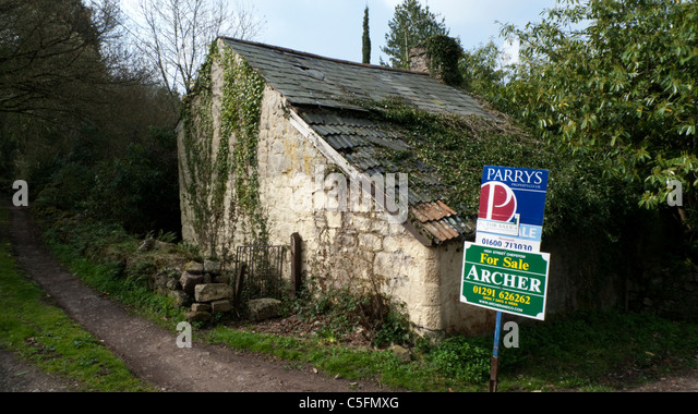 Derelict House For Sale Stock Photos Amp Derelict House For