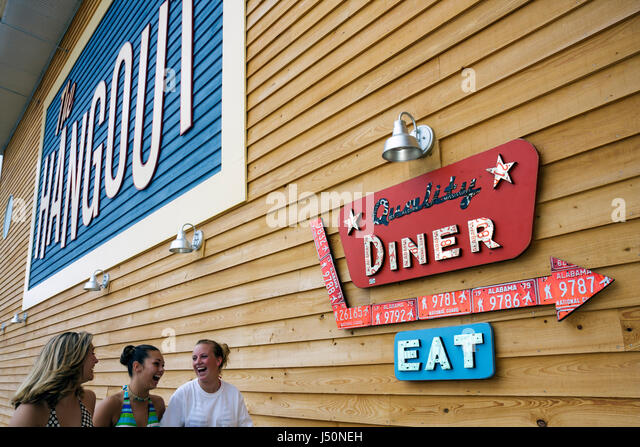 Gulf Shores Alabama The Hangout restaurant dining food seafood entrance - Stock Image