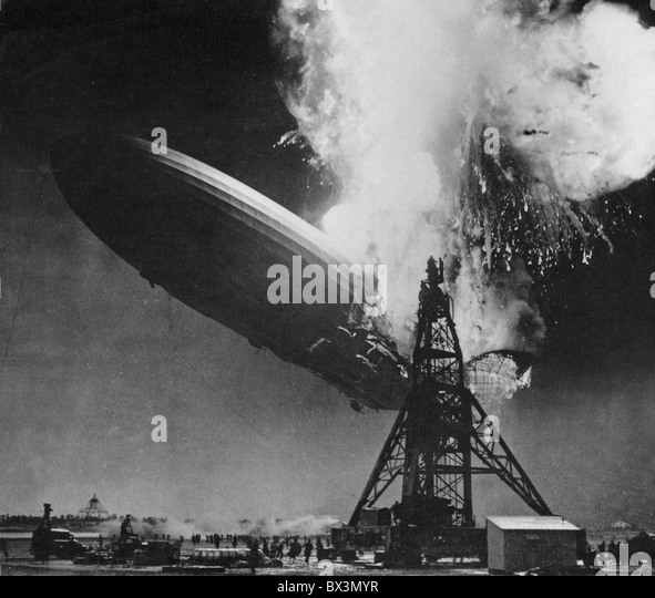 HINDENBURG  DISASTER 6 May 1937. German passenger airship LZ 129 photographed by Sam Shere at Lakehurst Naval Air - Stock-Bilder