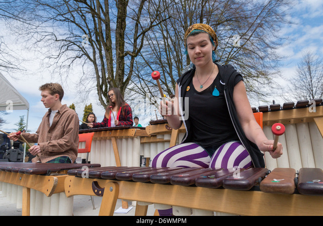 Tambai Marimba band perform at Earth Day event - Stock Image