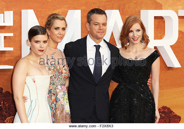 London, Great Britain. September 24th, 2015. ENGLAND, London: Kate Mara (L), Kristen Wiig (mid L), Matt Damon (mid - Stock Image