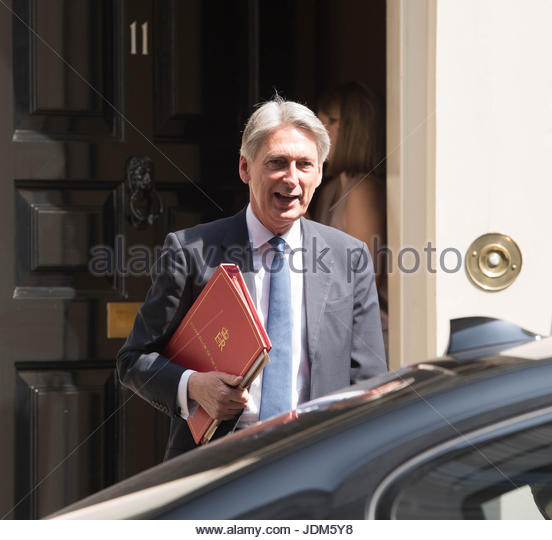 London, UK. 21st June, 2017. The Chancellor of Exchequer, Phillip Hammond, leaves Downing Street for the opening - Stock Image