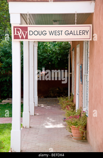 The gallery of talented and noted artist Doug West is to be found in the arts and crafts town of Arroyo Seco, New - Stock Image