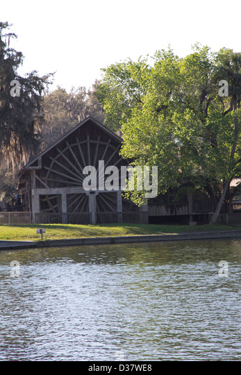 deleon springs personals Lake woodruff nwr is located near the historic ponce de leon springs state this area was occupied by the timucuan indians and their predecessors dating back 8,000.