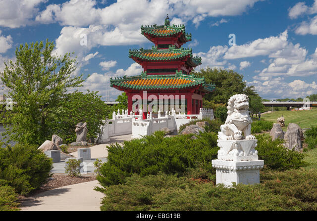 Chinese Pavilion Stock Photos Chinese Pavilion Stock Images Alamy