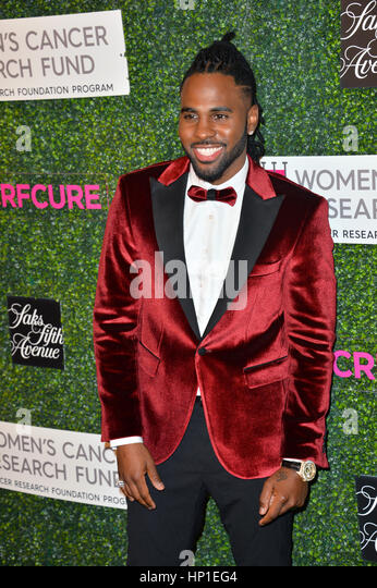 Los Angeles, California, USA. 16th February 2017. Singer Jason Derulo at the arrivals for 'An Unforgettable - Stock-Bilder