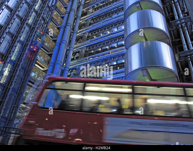 Lloyd's building London at dusk, Lime St, England,with First Bus - Stock Image