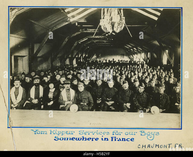 Yom Kippur services for our boys somewhere in France, circa 1917 - Stock Image