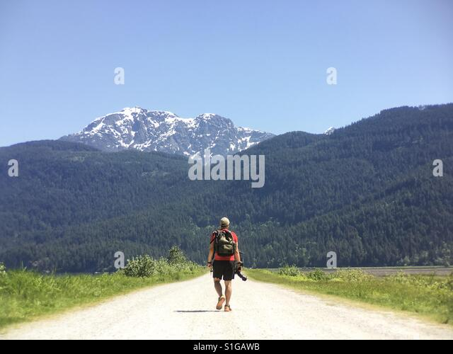 Walking on the dykes of Pitt Meadows, British Columbia, Canada - Stock-Bilder
