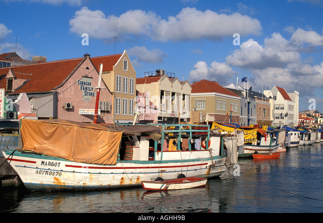 Floating Market Boats with fish produce from Venezuela Curacao Willemstad - Stock Image