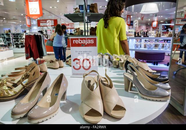 Spain Europe Spanish Hispanic Madrid Moncloa-Aravaca Calle de la Princesa El Corte Ingles department store shopping - Stock Image