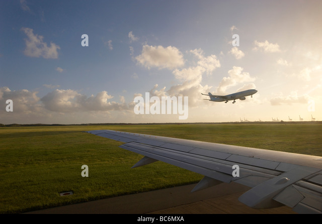 Aircraft taking off - Stock Image