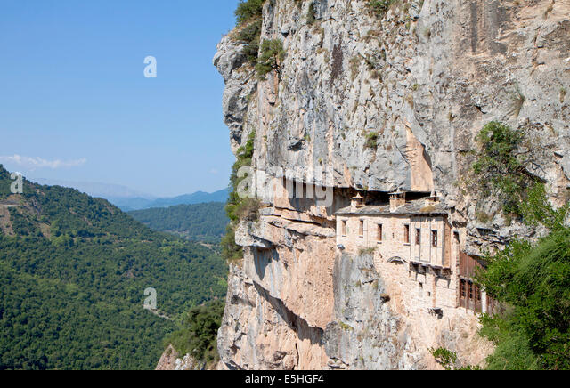Monastery of Kipina at Epirus mountains, Tzoumerka area, in Greece - Stock-Bilder