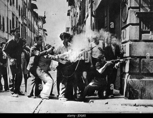 ITALIAN PARTISANS in Rome in 1945 - Stock-Bilder