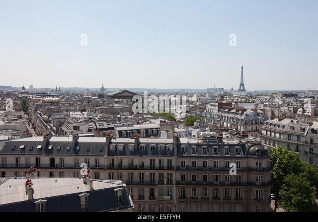 Printemps paris restaurant stock photos printemps paris for Restaurant avec terrasse ile de france