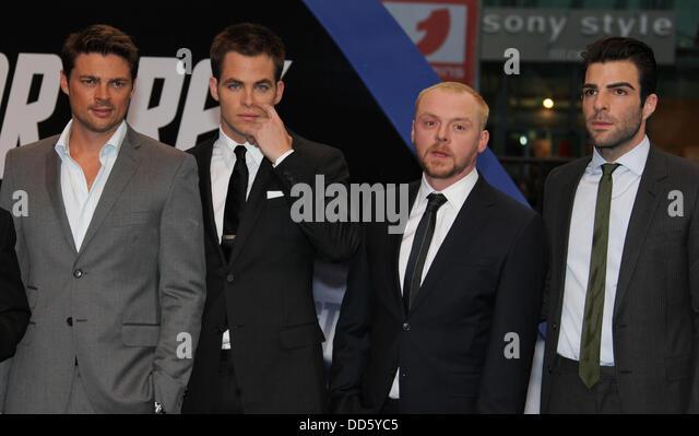 Karl Urban (Pille), Chris Pine (Kirk) Zachary Quinto (Spock), Simon Pegg (Scott) and Anton Yelchin (Chekov) at the - Stock Image