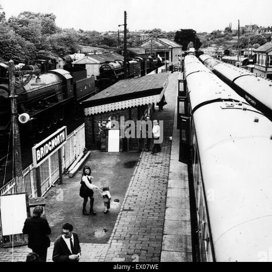 a scene at busy railway station The scene at a busy railway station english essays 'the train from rhodesia' is set in south africa, in the time of apartheid, as a train full of white citizens.