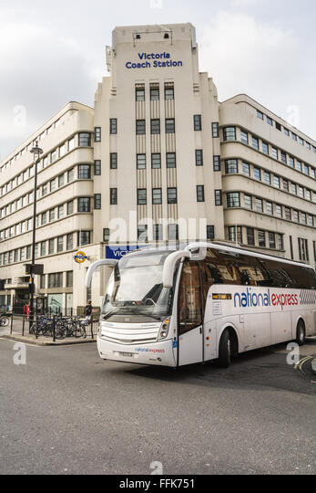 how to get to london victoria coach station