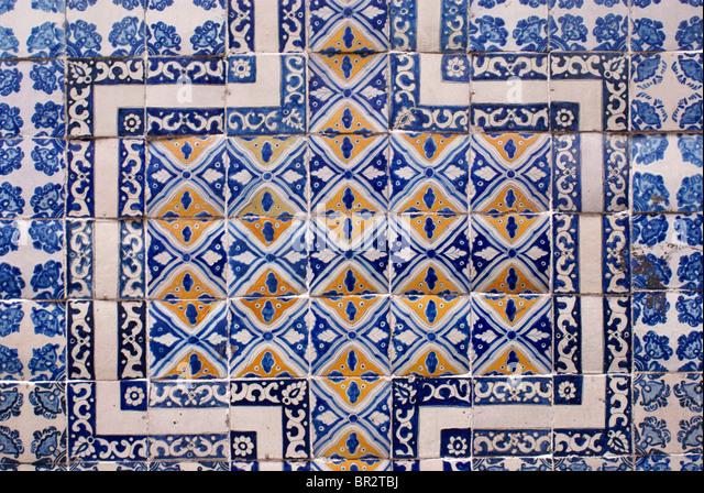 Azulejos stock photos azulejos stock images alamy for Azulejo de talavera mexico