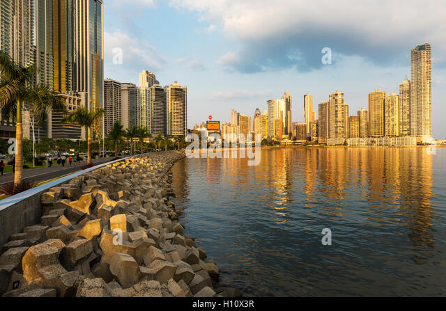 Panama City, Panama - March 18, 2014: View of the financial district and sea in Panama City, Panama, at sunset. - Stock-Bilder
