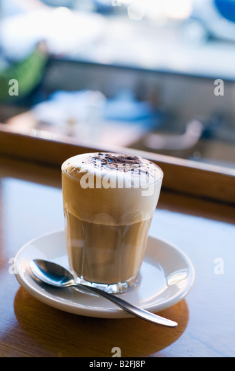 Coffee at Marios Cafe on Brunswick Street in Melbourne, Victoria, AUSTRALIA - Stock-Bilder