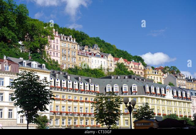 Houses facade in a city center. Karlovy Vary (Carlsbad, Karlsbad) - Stock-Bilder