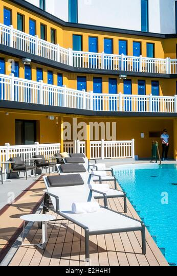Molitor stock photos molitor stock images alamy for Paris hotel swimming pool