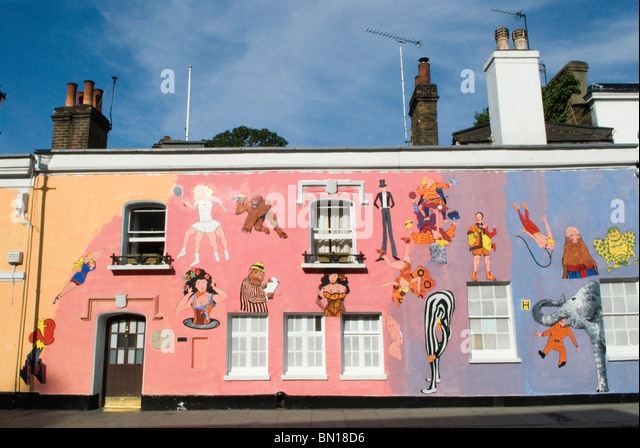 Chelsea Arts Club London redecoration  their building in Old Church Street art work murals by Tony Common. Temporary - Stock-Bilder