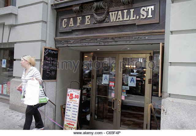 Lower Manhattan New York City NYC NY Financial District FiDi Cafe Wall Street deli restaurant business entrance - Stock Image