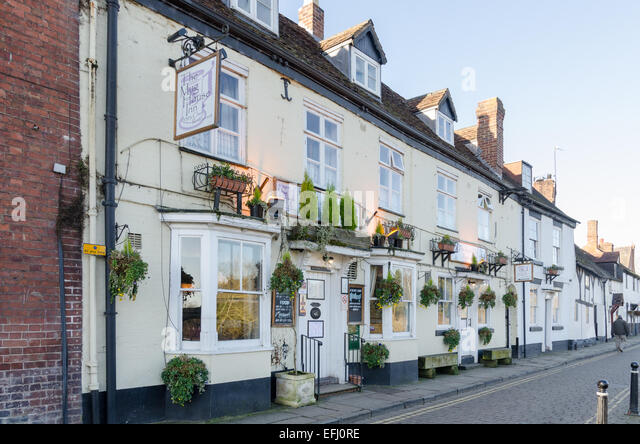 The Mug House and Angry Chef pub and restaurant in the pretty Georgian town of Bewdley - Stock Image