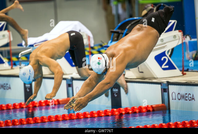 Rio de Janeiro, Brazil. 11th Sep, 2016. Pedro Rangel of Mexico competes in swimming Men's 100m Breaststroke - Stock-Bilder