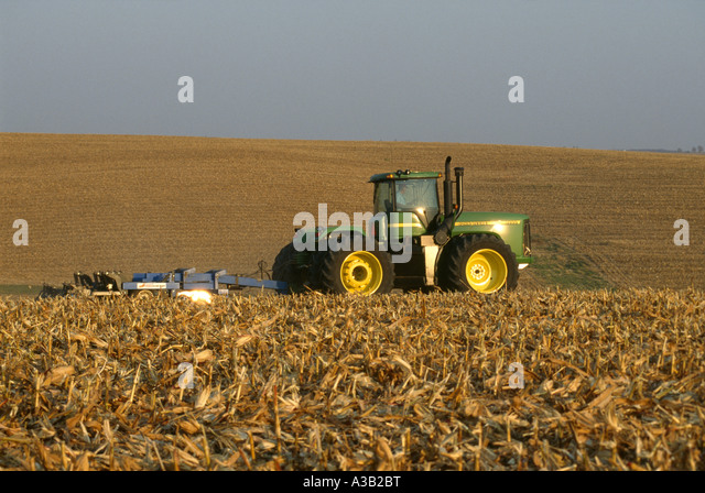Tillage stock photos tillage stock images alamy for 98 soil compaction