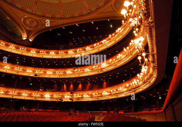 London auditorium stock photos london auditorium stock images alamy for Royal opera house covent garden