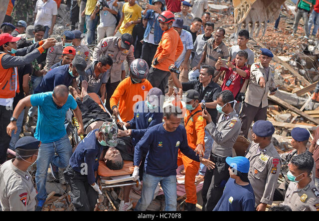 Indonesia. 07th Dec, 2016. Quake measuring 6.5 on the Richter scale (sr) rocked Pidie Jaya, Aceh Province. Killing - Stock Image