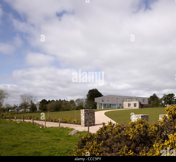 THE DOLMEN HOUSE, RAMELTON, IRELAND, 2011 - Stock Image