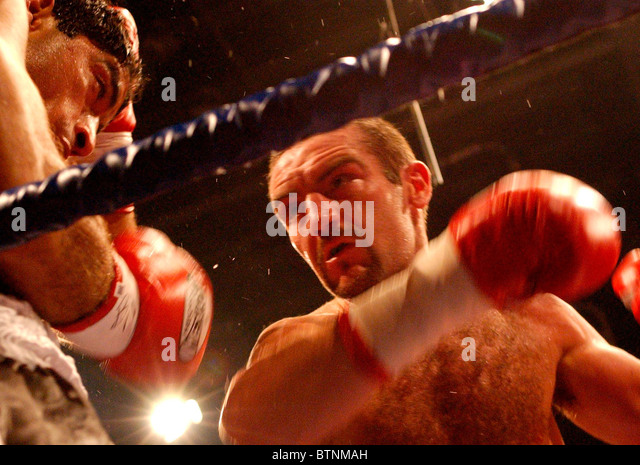 Scottish boxer Scott Harrison in action - Stock Image