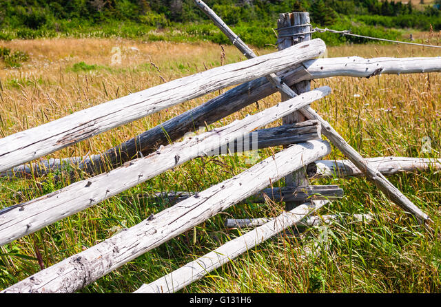 Log Pole Fence ~ Log fence stock photos images alamy