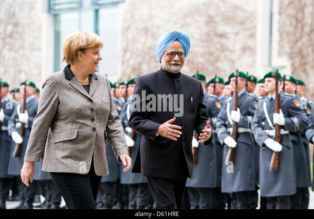 Berlin, Germany.11th April 2013.German Chancellor, Angela Merkel welcomes the Prime Minister of India, Manmohan - Stock Image