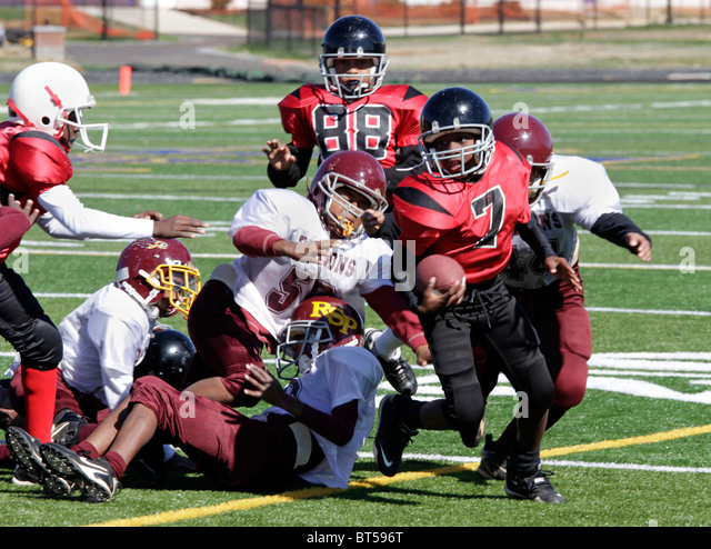 American football inner city league game in Roanoke, Virginia. - Stock Image
