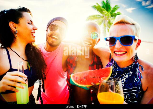 Friends Beach Vacation Relaxing Chilling Concept - Stock-Bilder