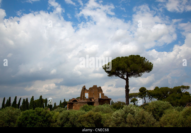 Ruins and gardens in Hadrian's Villa, Italy. - Stock Image