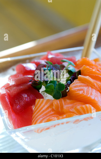 Sashimi and clover in luxury London hotel spa - Stock Image