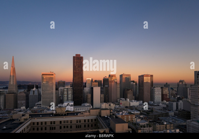 The downtown financial district at sunset from the Interncontinental Mark Hopkins Hotel, Nob Hill, San Francisco, - Stock Image