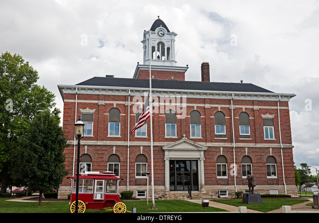 Old courthouse in Marshall, Clark County, Illinois, United States - Stock Image
