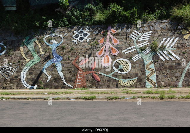 Africa, Mozambique, Maputo. Mosaic artwork on wall. - Stock Image