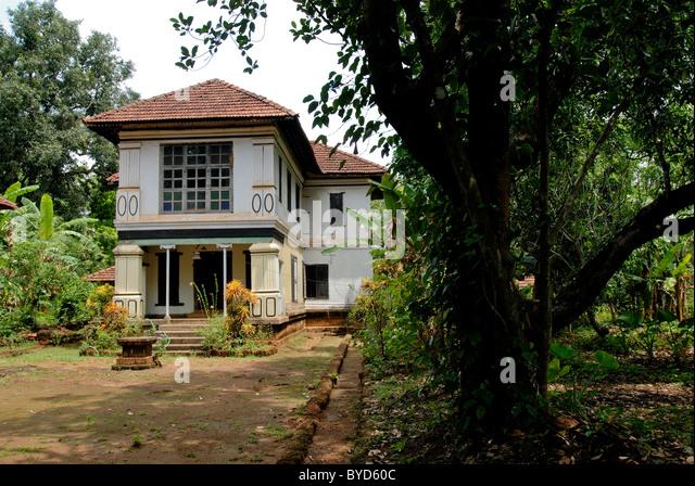 80 YEARS OLD NAYAR HOUSE IN ATTUR KERALA - Stock-Bilder
