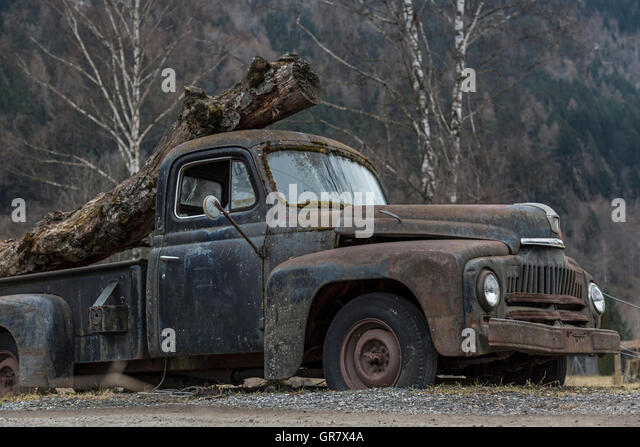 Disused Oldtimer Awakened Feelings Of Nostalgia - Stock-Bilder